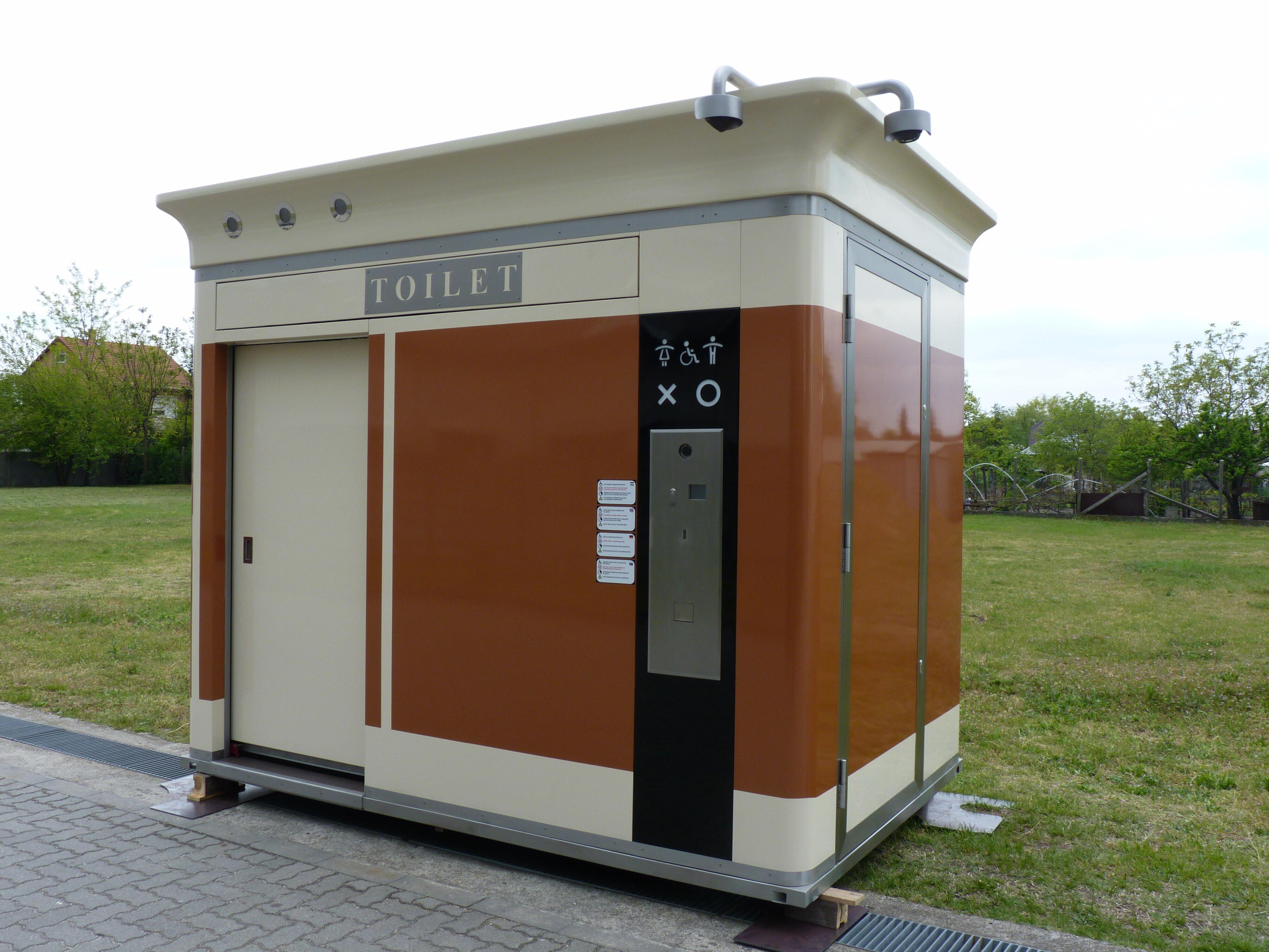 Okos WC, Smart toilet